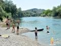 kupanje-na-Moraci