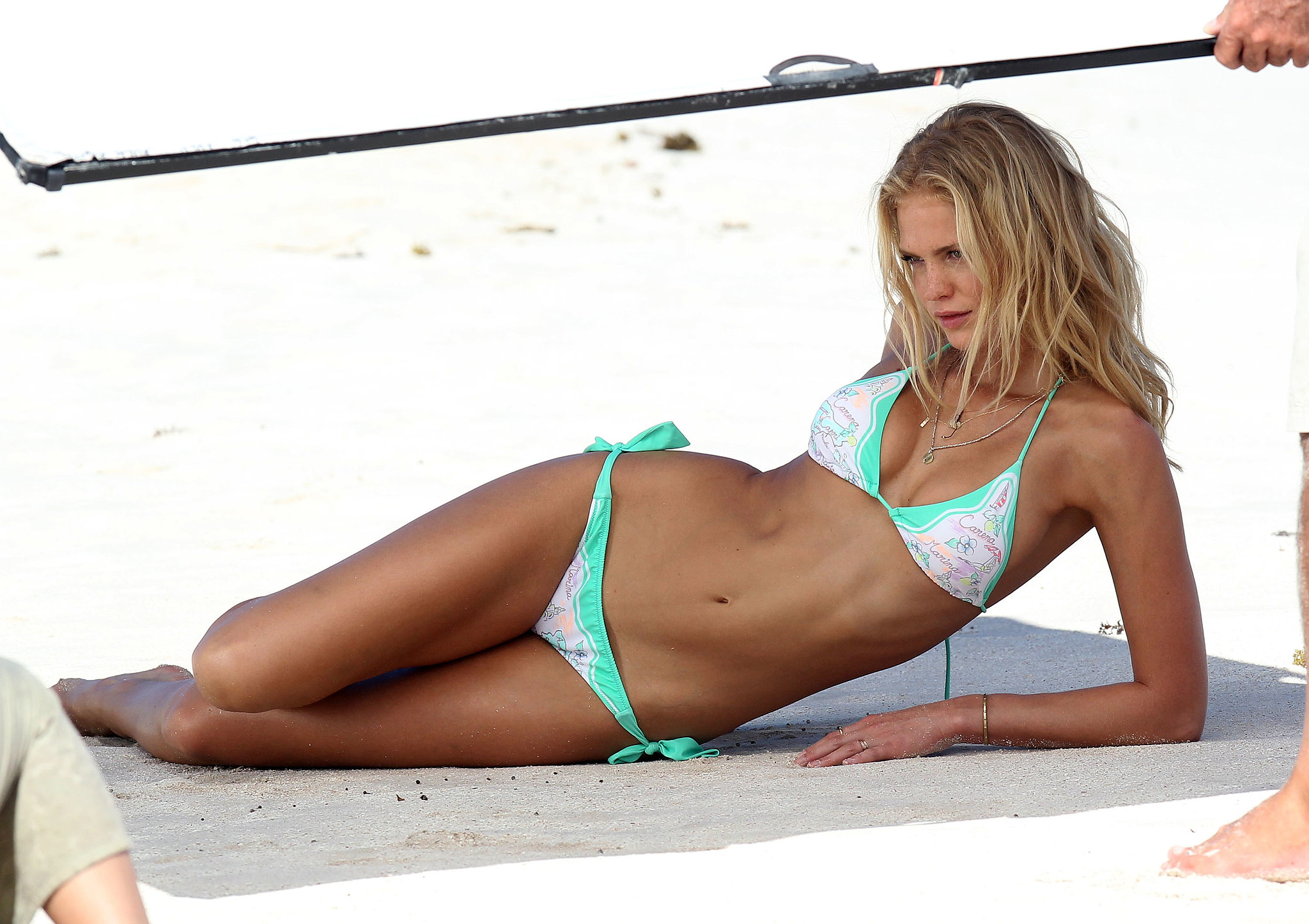 February-Erin-Heatherton-modeled-bikini-during-Victoria