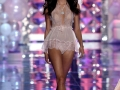 sara-sampaio-at-2014-victoria-s-secret-show-in-london_2