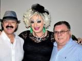 Transvestit se hvali vezama, ali i prijateljstvima sa estradom
