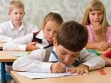 DANAS POČINJE UPIS PRVAKA: Novčane kazne za roditelje koji ne upišu djecu