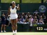 VIMBLDON: Serena Vilijams podigla pobjednički pehar