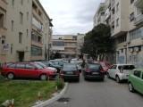 PODGORICA: Ista slika svaki dan – vozači ulicu pretvaraju u parking