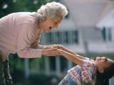 ŽIVOT: Baka po majčinoj liniji – najvažnija osoba u životu djeteta