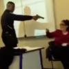 FRANCUSKA: Zakasnio na čas, pa lažnim pištoljem prijetio nastavnici