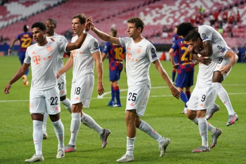 LIGA ŠAMPIONA: Osam golova u mreži Barselone, Bajern je u polufinalu