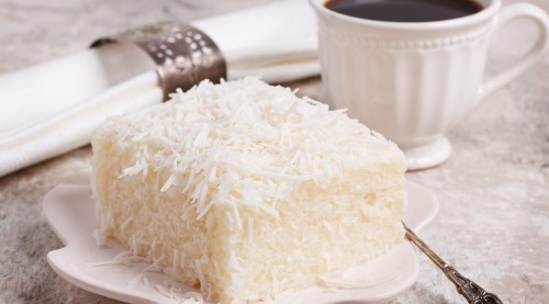 RECEPT: Kolač sa bijelom čokoladom i kokosom